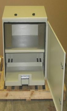 Racking Battery Box / Outdoor Enclosure