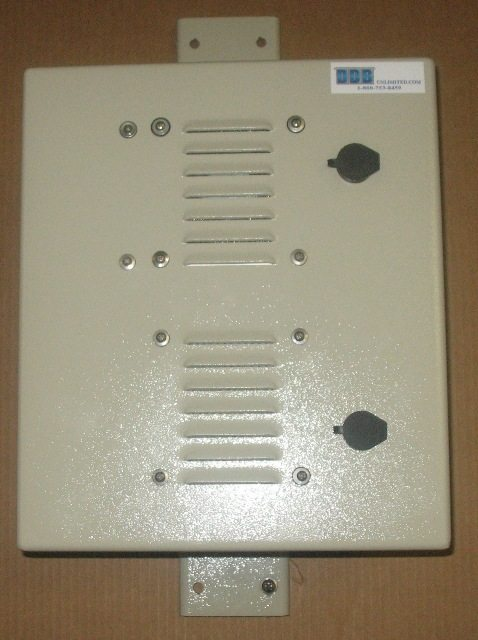 Small Pole/Wall Mount Outdoor Enclosure Plate